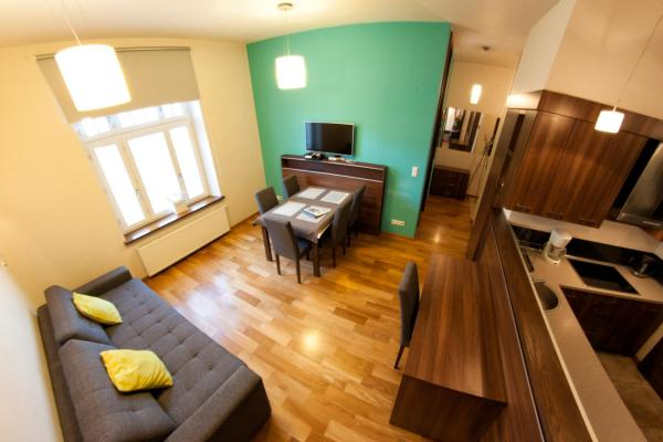 Two-Bedroom Apartment (6 adults) - Siemiradzkiego Street