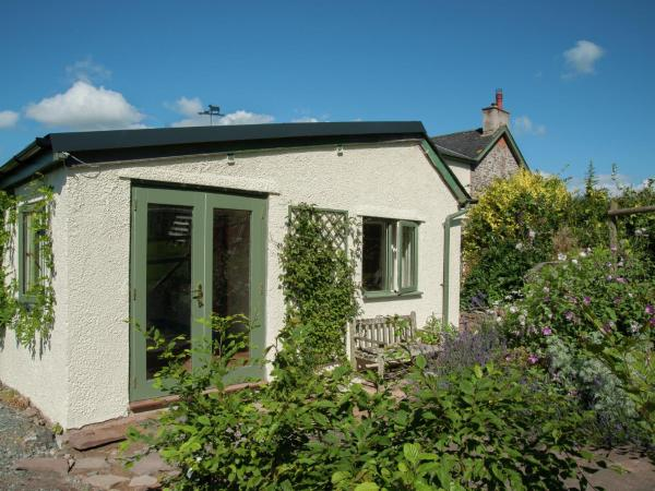 Hotel Pictures: Crab Apple Cottage, Brecon