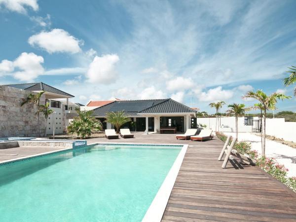 Hotel Pictures: Villa Livin Style - Vista Royal, Jan Thiel