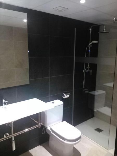 Hotel Pictures: Apartamentos Cala Azul, La Mora