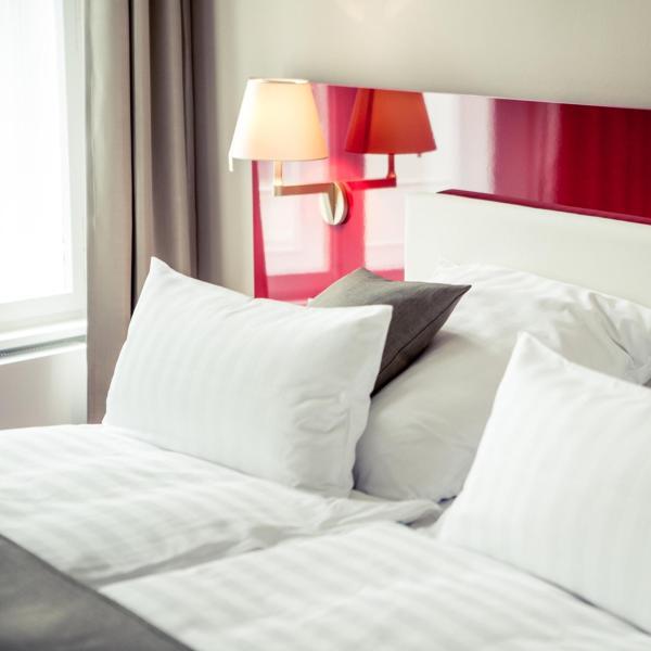 Hotel Pictures: Weinhaus Uhle, Schwerin