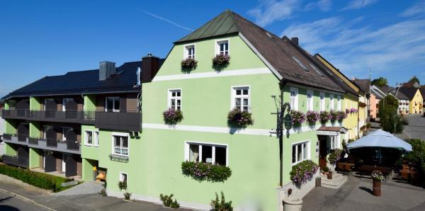 Hotel Pictures: Zum Waldnaabtal, Windischeschenbach