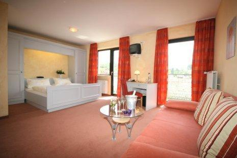 Hotel Pictures: Hotel Landhaus Appel, Schotten