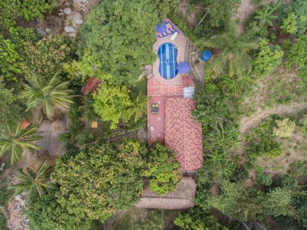 Hotel Pictures: Manigua Tayrona Hostel, El Zaino