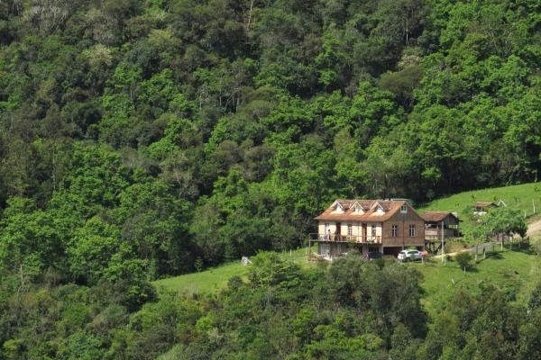 Hotel Pictures: Pousada Pedras Rollantes - Estúdios Enxaimel, Alfredo Wagner
