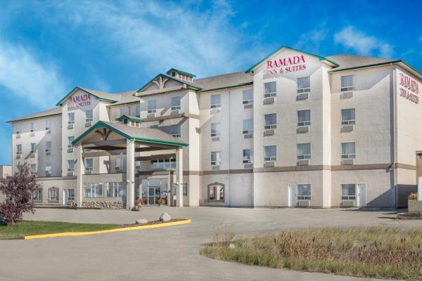 Hotel Pictures: Ramada Inn & Suites Clairmont, Clairmont
