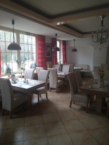 Hotel Pictures: Café-Restaurant Hotel Breuer, Hamm