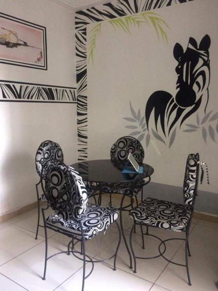 Hotel Pictures: KSA Résidences, Abidjan