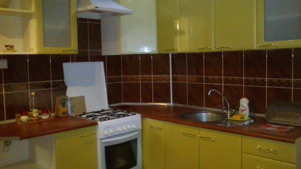 Hotel Pictures: Apartment on Henerala Batova, Bobruisk