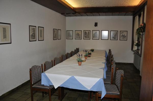 Hotelbilleder: Hotel Gasthof Ratstube, Kirchheim unter Teck