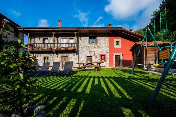 Hotel Pictures: Casas El Encanto Del Valleval, Soto