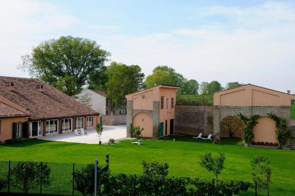 Hotel Pictures: La Cascina sul Po Guest House, Borgoforte