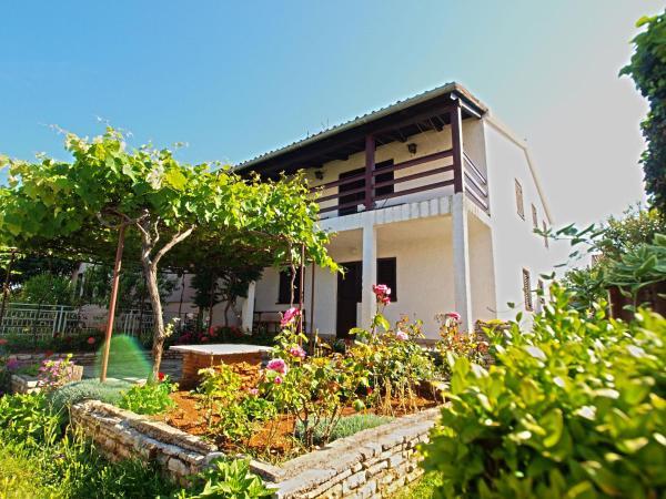 Fotos de l'hotel: Apartment Nada 767, Fažana
