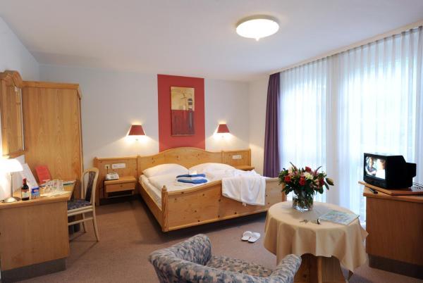 Hotel Pictures: Landhotel Gasthof Krone, Kupferzell