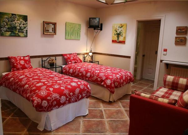 Hotel Pictures: , Castrojeriz