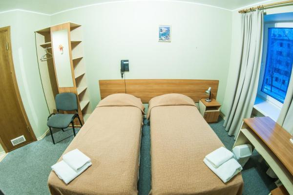 Hotel Pictures: Inger B&B, Narva