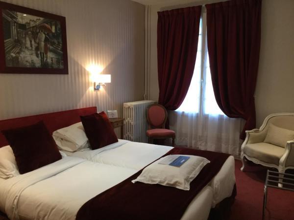 Hotel Pictures: Kyriad Saumur Centre, Saumur