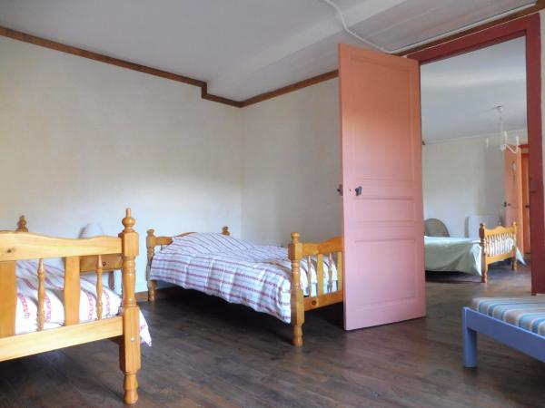 Hotel Pictures: Les Blaches, Vernoux-en-Vivarais