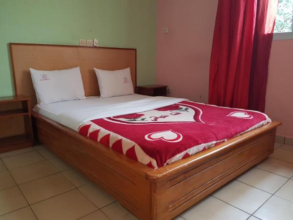 Hotel Pictures: Hotel Hibiscus, Douala