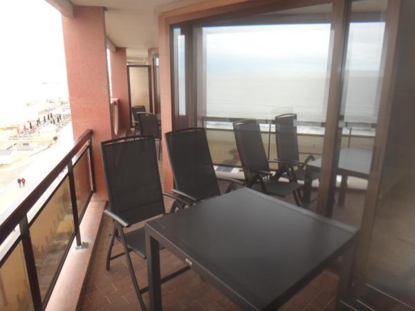 酒店图片: Apartment with Seaview, 布兰肯贝赫