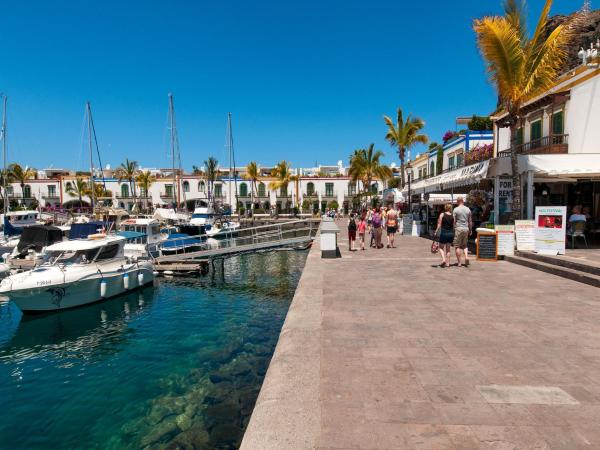 Hotel Pictures: Apartment in the Port of Mogan Artes II, Mogán