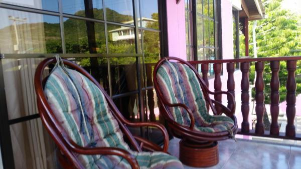 Hotel Pictures: Posada Seven Colours Ocean, Providencia