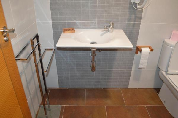 Hotel Pictures: Apartamentos El Farallon, Riópar