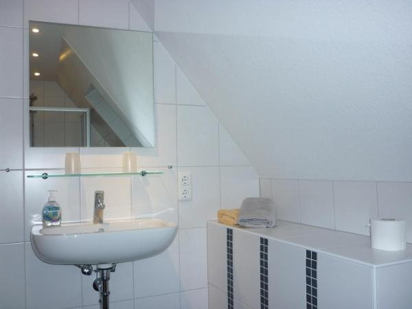 Hotel Pictures: Pension Sturmmöwe, Norddorf