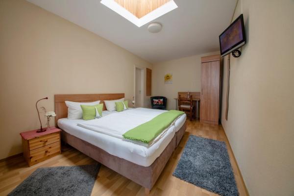 Hotel Pictures: Zur Rheinschanz, Bad Hönningen