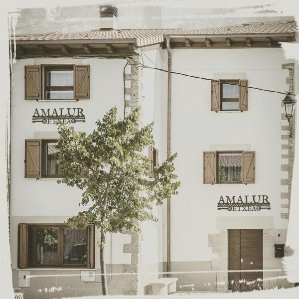 Hotel Pictures: Amalur Etxea, Echauri
