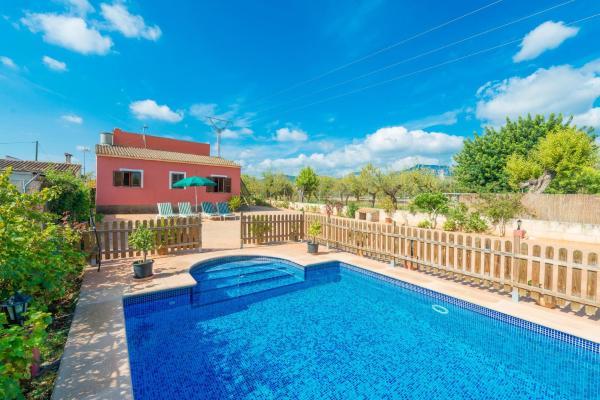 Hotel Pictures: Alcazaba, Lloseta