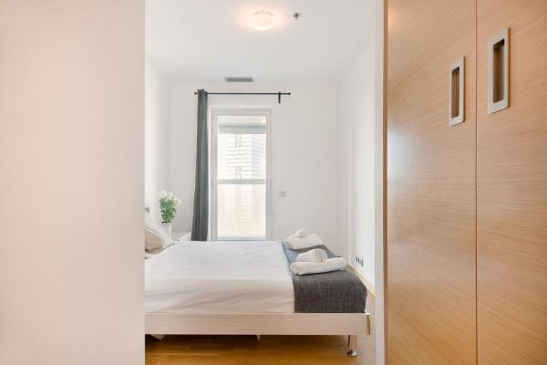 Hotel Pictures: Centric Apartment Gran Via1, Gavà