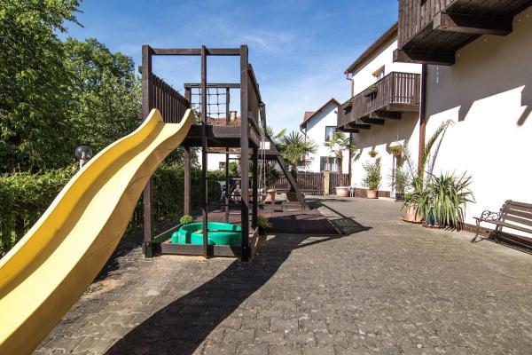 Hotel Pictures: Penzion Neco, Malá Skála