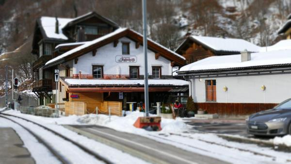 Hotel Pictures: Bahnhöfli Restaurant, Klosters