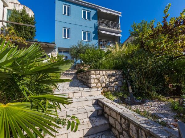 Hotel Pictures: Apartment Brankica, Dramalj