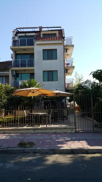 Fotos de l'hotel: Guest house Beglik Tash, Primorsko