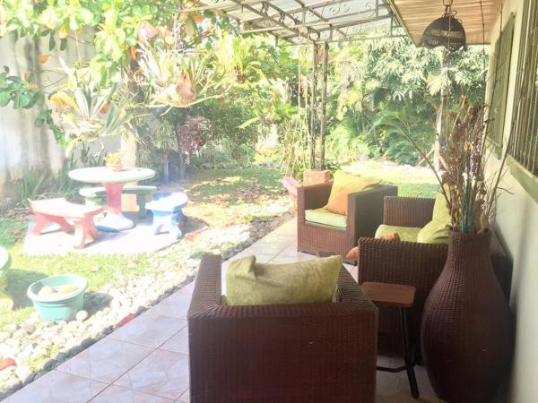 Hotel Pictures: Karla's Big Beautiful House, Brasil