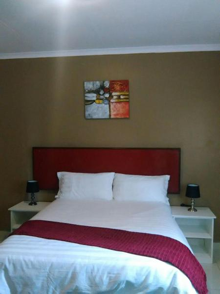 Hotel Pictures: Ezzela House Bed & Breakfast, Gaborone