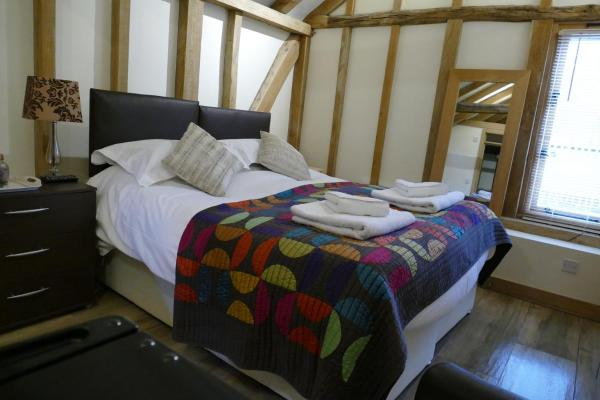 Hotel Pictures: Darling Buds Farm - Edith, Ashford