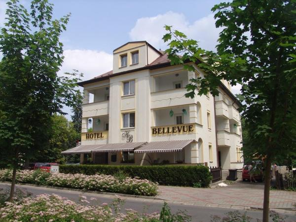 Hotel Pictures: Hotel Bellevue, Doksy