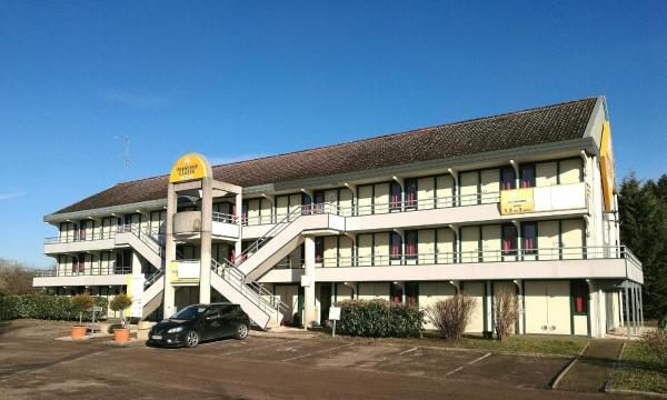 Hotel Pictures: Premiere Classe Avallon, Sauvigny-le-Bois