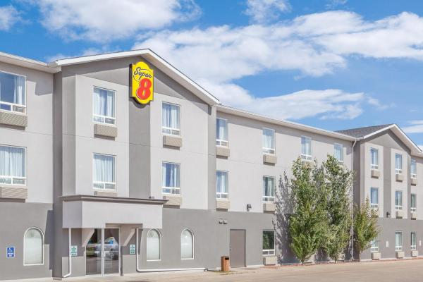 Hotel Pictures: Super 8 Athabasca, Athabasca
