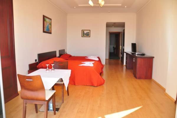 Hotelfoto's: , Priska e Madhe