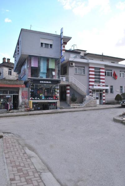 Hotelbilleder: Eden Hotel, Gjirokastër