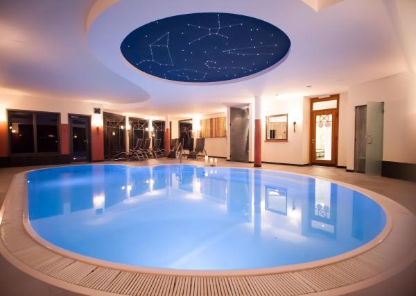 Hotel Pictures: Wellnesshotel Liun, Müstair