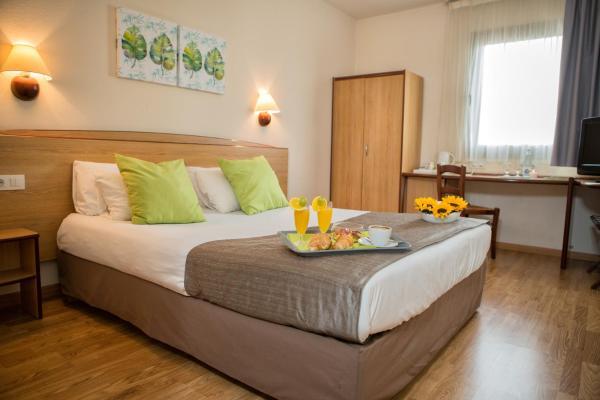 Hotel Pictures: Campanile Hotel Elche, Elche