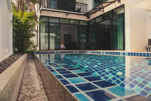 Hotellikuvia: Blue Sky Villa, Rawai Beach