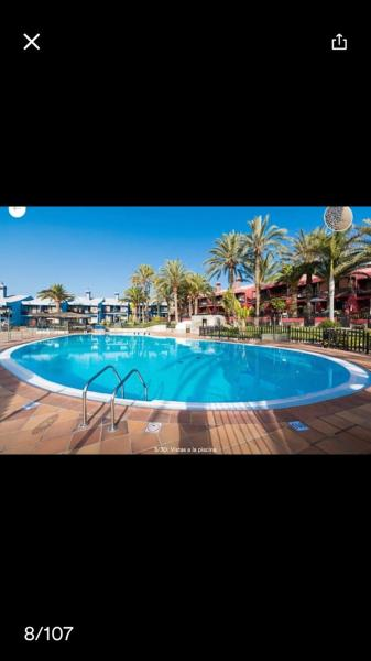 Hotel Pictures: Sun Club Apartments, Playa del Aguila