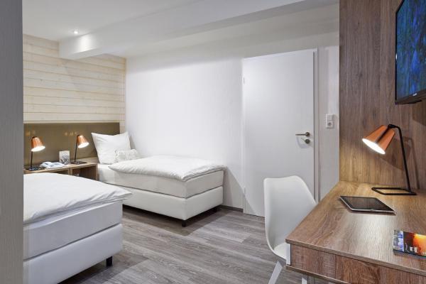 Hotel Pictures: Landgasthof Seemer, Wenholthausen