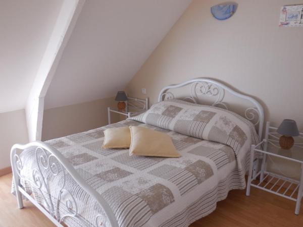 Hotel Pictures: Chambres d'Hôtes la Lande Grêle, Saint-Jouan-des-Guérets
